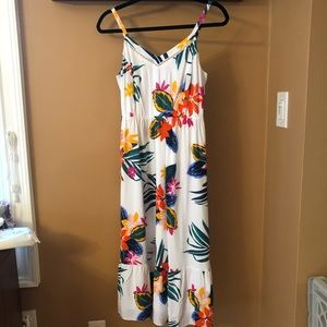 Old Navy White Floral Cami Dress